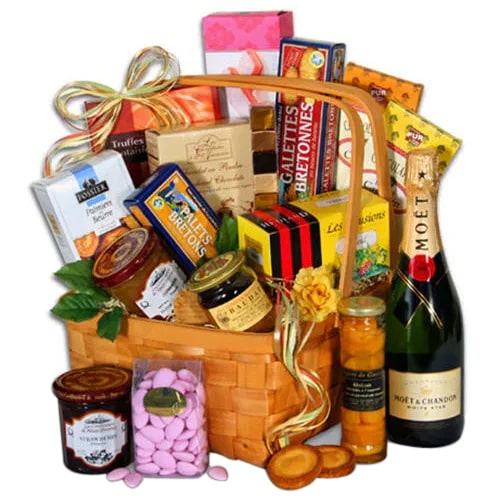 Generous Treat of Flavor Gift Basket