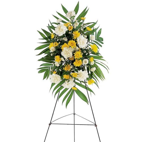 Lovely and Freshness Bouquet of Small Yellow and White Flowers