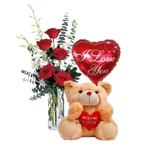 Beautiful 6 Red Roses with Cuddly Teddy Bear and Heart Shaped Balloon