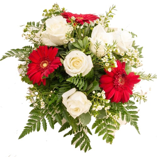 Pretty Seasonal Flowers Bouquet with Soothing Elegance