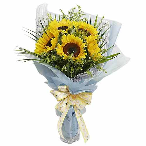 Color-Coordinated Brighten the Day Sunflowers Bouquet